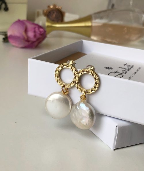 Luxury pearl earrings