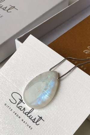 Silver chain moonstone jewelry